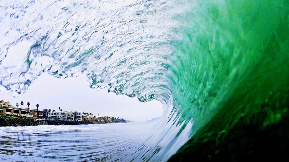 Видео команды Surfdiscovery