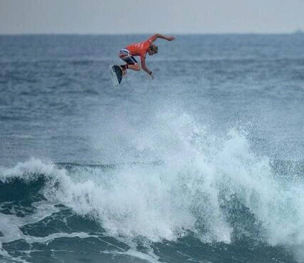 OAKLEY PRO Bali on the Keramas beach — ROUND 1