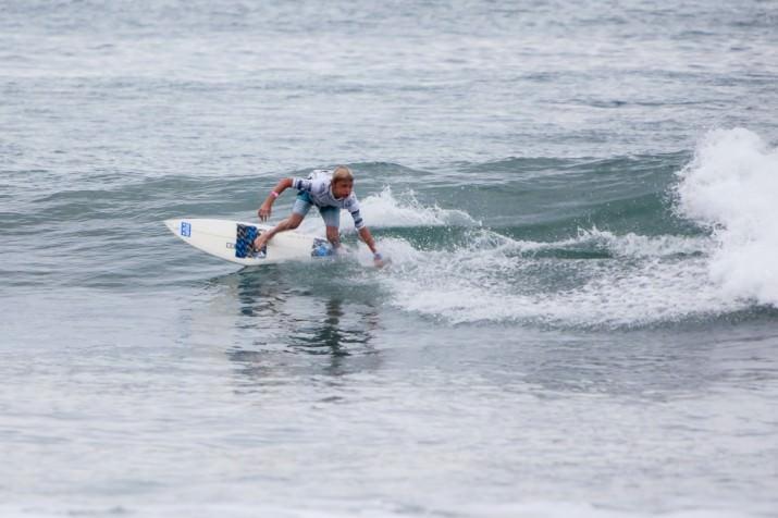 surfing life