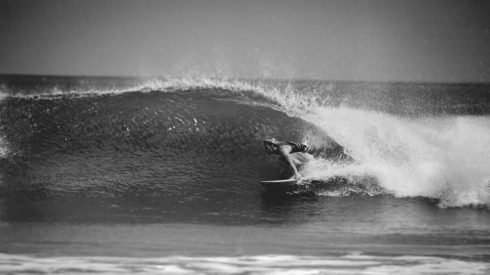 Surfing Max