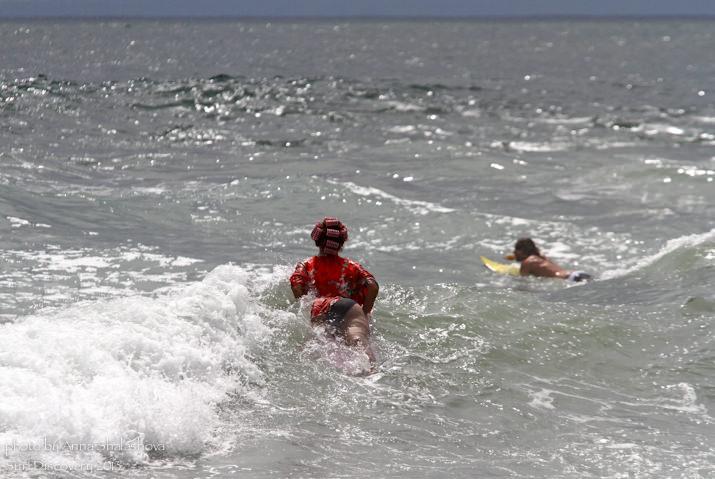 Домохозяйка пошла серфить