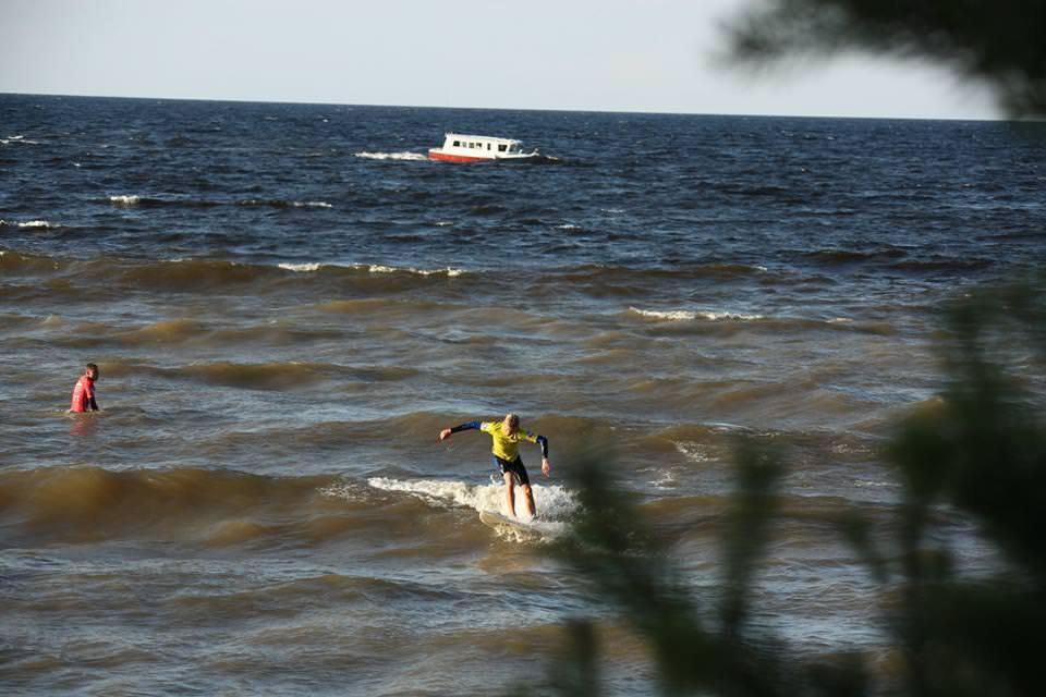 соревнования по серфингу в Санкт-Петербурге