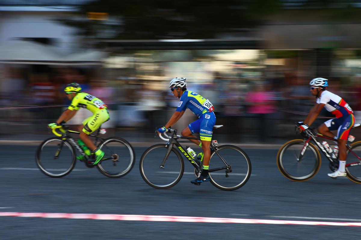 велосипедисты в Лиссабоне