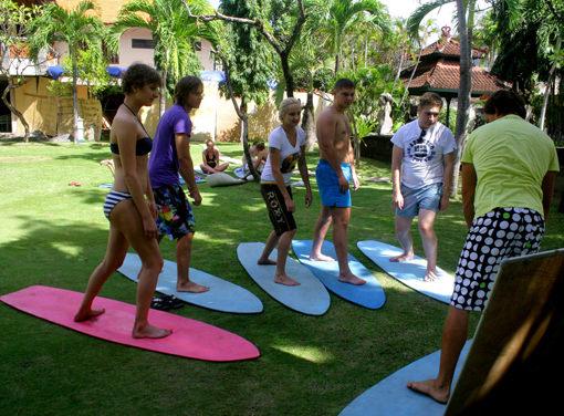 Surf Van Camp – серф фургон набирает обороты