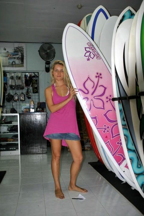 Покупка серфовой доски на Бали