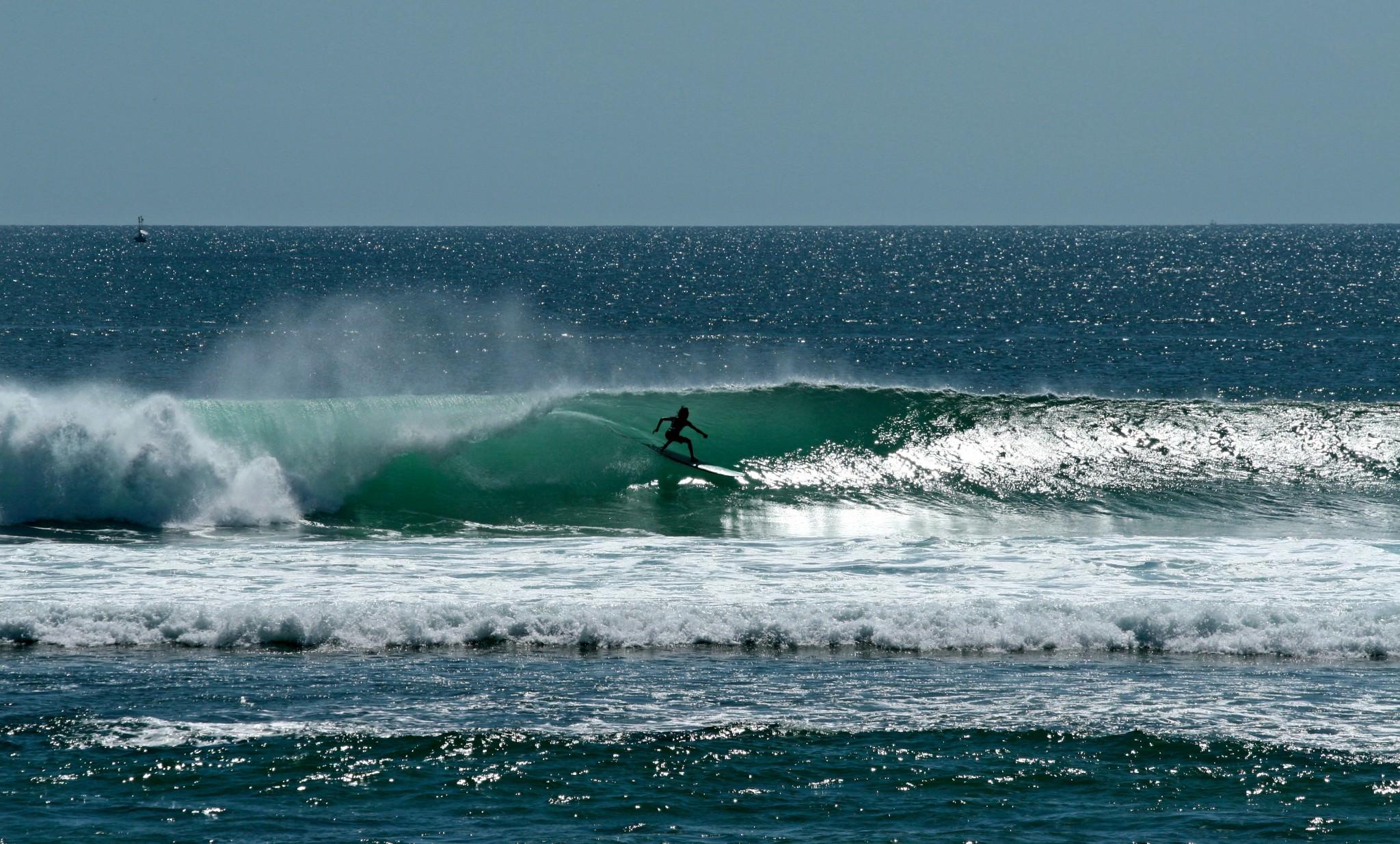 Волна и человек!