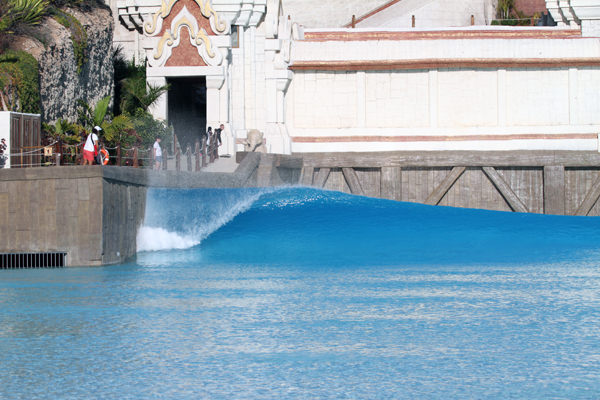 Бассейн Siam PArk