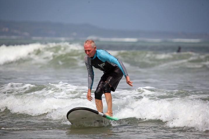 Серфингу все возрасты покорны