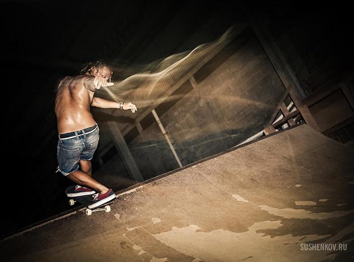 стас в скейтпарке